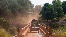 Französische Truppen haben in der Zentralafrikanischen Republik mit der Entwaffnung muslimischer Rebellen begonnen.