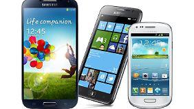 Das Galaxy S3 und S4 mini gibt es jetzt schon sehr günstig. Wer auf das S4 spekuliert, sollte noch ein paar Wochen warten.