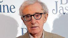 Woody Allen ist jetzt 78 Jahre alt.