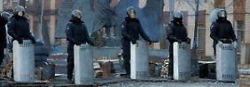 Auch Janukowitsch Sicherheitsapparat wankt - doch weichen wird auch er vorerst nicht.