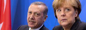 """Es bleibt alles """"ergebnisoffen"""": Merkel lässt Erdogan abperlen"""