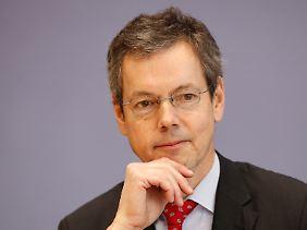 Peter Bofinger, Ökonom