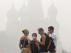 Die berühmten Zwiebeltürme im Smog.