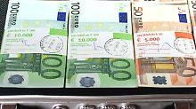 Zoll legt Jahresbilanz vor: Deutsche holen eilig Schwarzgeld heim