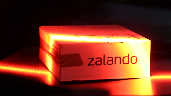 Zalando wächst und wächst - und schreibt rote Zahlen.