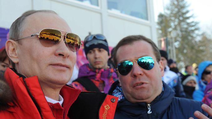 Bei den Spielen in Sotschi fühlte sich Präsident Putin (hier mit Ministerpräsident Medwedew) sichtlich wohl.