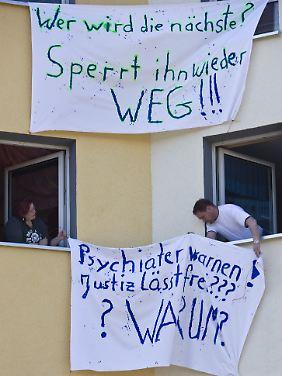 2008 im brandenburgischen Joachimstal: Die Einwohner wollen einen mehrfachen Vergewaltiger nicht zum Nachbarn.