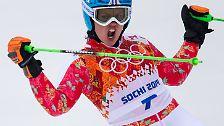 Den ersten Lauf beendet die Olympiasiegerin von 2010 noch auf Platz sechs. Danach verbessert sich Rebensburg mit einem beherzten zweiten Durchgang.