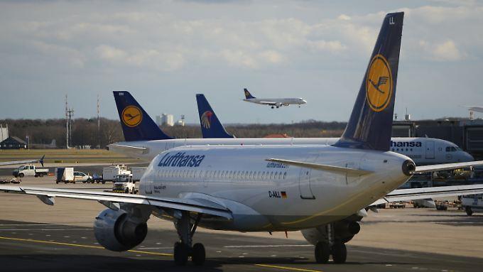 90 Flüge wurden aufgrund des Streiks komplett gestrichen.