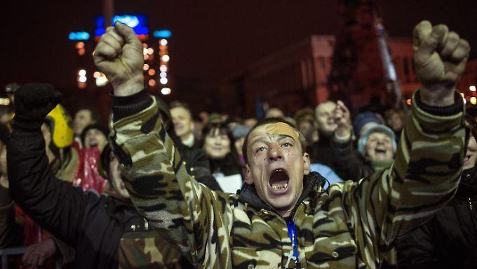 Nach der Freude über den Sieg droht der Ukraine das Wirtschaftschaos.