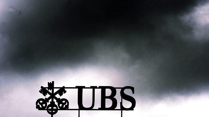 """Der """"Süddeutschen Zeitung"""" zufolge soll Deutschland zunächst bis zu 300 Millionen Euro Bußgeld von der Schweizer UBS gefordert haben."""