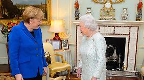 EU bald ohne Großbritannien?: Merkel betont in London Wichtigkeit der EU