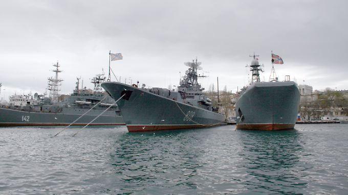 Aus Russland heißt es, Moskau handele im Rahmen gültiger Abkommen zur Schwarzmeerflotte.