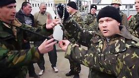 Zunehmende Nervosität auf der Krim: Zivilisten wenden sich gegen ukrainisches Militär