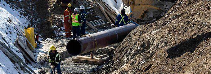 Pipelinebau im Osten Kanadas: Der Rohölmarkt reagiert extrem empfindlich auf tatsächliche oder drohende Schwankungen auf der Angebotsseite.