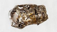 Wer Diamanten auch als Wertanlage kaufen möchte, sollte darauf achten, dass die Steine einen Zertifikatsnachweis besitzen.