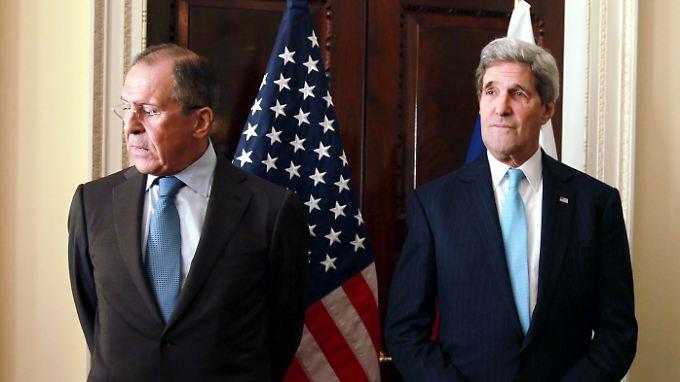 Trotz langem Spaziergang konnten sich die Außenminister der beiden Länder nicht auf eine gemeinsame Linie einigen.