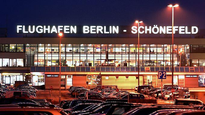 Der frühere DDR-Zentralflughafen soll wohl erst einmal nicht geschlossen werden.