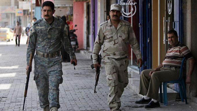 Die sunnitischen Sahwa-Milizen sollen im Auftrag der Regierung für Sicherheit sorgen.