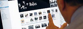 Am Tropf der CD-Industrie: Musikindustrie hofft aufs Internet