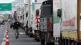 LKW-Fahrer legten 2010 mit einem Streik gegen die Öffnung ihres Berufs Griechenland lahm.