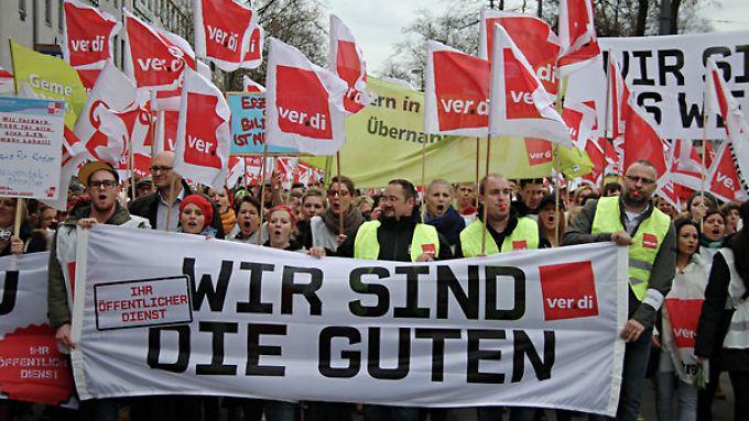 Keine Annäherung: Verdi ruft erneut zu Streiks auf - auch am Flughafen Frankfurt.