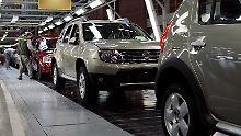 Folgen der Krise: Autobauer spüren Rubel-Verfall