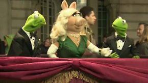 Muppets lassen die Puppen tanzen: Gleich zwei Frösche entern den Roten Teppich