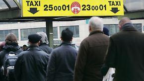 Taxis sind Mangelware: Verdi-Warnstreiks legen mehrere Bundesländer lahm