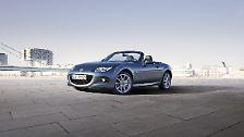 Als klassischer Roadster ist der Mazda MX-5 bereits ab 22.790 Euro erhältlich.