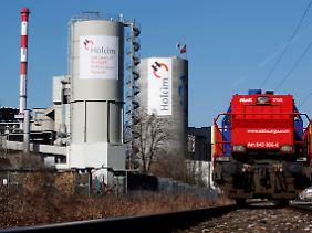 Zementproduktion im Schweizerischen Siggenthal: Holcim gilt bislang als Nummer Zwei hinter Lafarge.