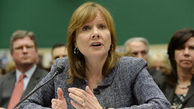 GM-Chefin Mary Barra vor dem US-Kongress: Der Autobauer muss wegen unbeantworteter Fragen im Zündschloss-Skandal ein Bußgeld zahlen.