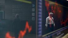 Die Börse in Athen: Die Auflage der neuen Staatsanleihen ist noch kein Grund für Entwarnung.