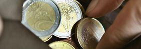 Kleingeld - mehr bekommt man als Zinsen beim klassischen Banksparen im Moment nicht.