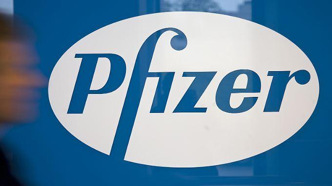 Pfizers angebliches Milliardengebot für AstraZeneca beflügelt die Wall Street.