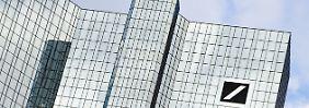 Kräftiger Gewinneinbruch: Deutsche Bank wartet weiter auf Trendwende