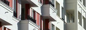 Bei Neubauten der vergangenen zehn Jahre steigen die Preise am stärksten - das sind die Immobilien, nach denen potenzielle Käufer als erstes suchen.
