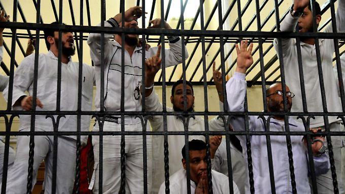 In den vergangenen Monaten wurden Hunderte Islamisten zu schweren Strafen verurteilt.