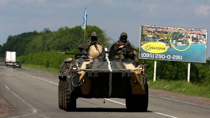 Ukrainisches Militär auf dem Weg nach Slawjansk.