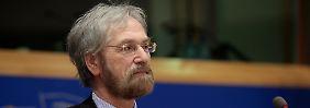 EZB-Chefvolkswirt Peter Praet rechnet bald mit negativen Zinsen in der Eurozone.