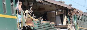 Tödliches Unglück bei Moskau: Güterzug prallt auf Reisezug