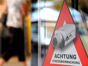 Die Ergebnisse der offenen Überwachung durch Videokameras dürfen grundsätzlich auch nur für den ursprünglichen Zweck verarbeitet und genutzt werden