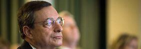EZB-Chef Mario Draghi in Sintra: Die Planungen für eine neue Offensive in der Euro-Krise laufen auf Hochtouren.