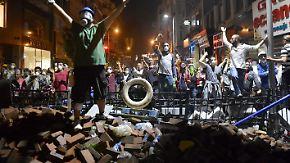 Polizei sperrt Taksim-Platz ab: Erdogan duldet keine Proteste