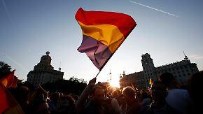 Juan Carlos dankt ab: Tausende Spanier fordern Abschaffung der Monarchie