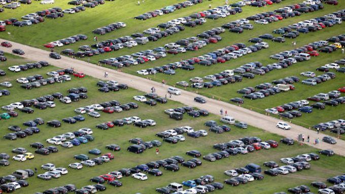 Die Zahl der neuverkauften Autos legt im Mai wieder zu.