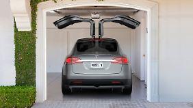 Auf die Falcon Wings will man bei Tesla auch im Serienmodell nicht verzichten.