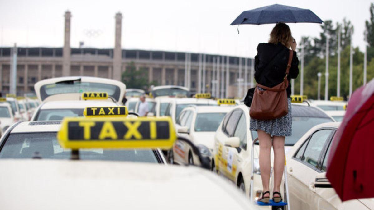 Taxifahrer wehren sich gegen Fahrdienste