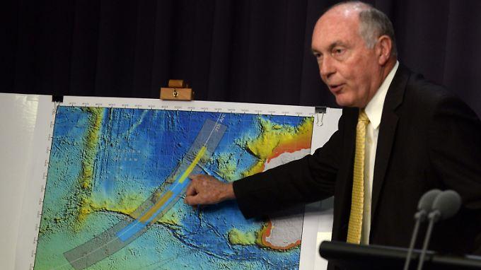 """Australiens Vizepremierminister Warren Truss ist """"optimistisch"""", dass nun endlich das wahrscheinliche Absturzgebiet identifiziert wurde."""