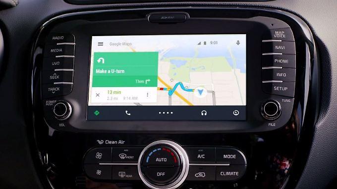 Vor allem Google Maps dürfte für viele Nutzer im Auto interessant sein. Erspart es doch teure Navigationssysteme.